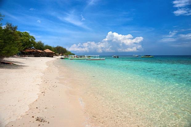 Beach on Gili Trewangen