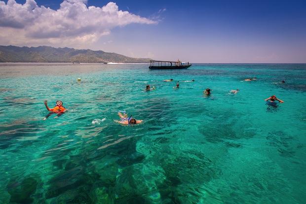 Snorkelling on Gili Trewangen