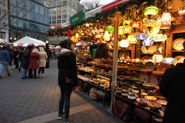 Christmas Market New York City.Things To Do In New York At Christmas The Travel Hack