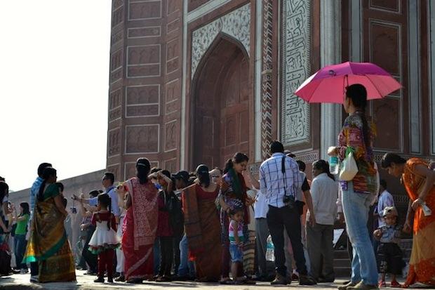 tourists outside the Taj Mahal