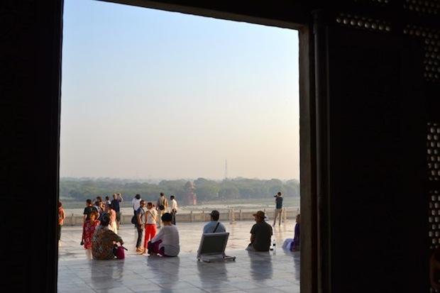 view outside the taj mahal
