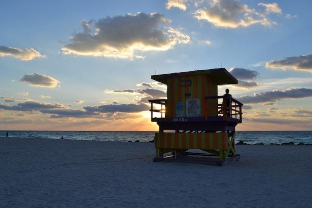 Lifeguard huts miami beach sunrise