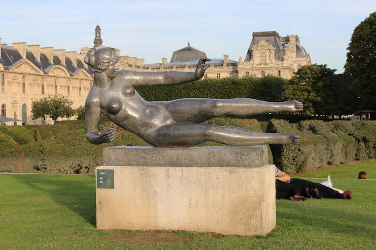 Statue in Jardin des Tuileries