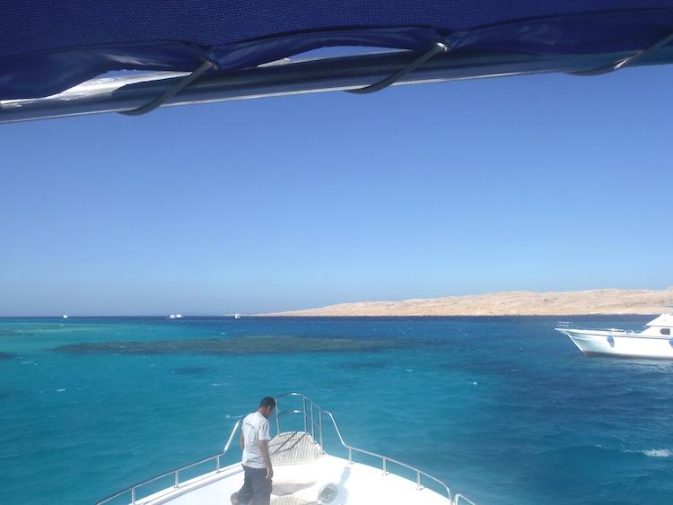 Boat to Mahmaya Island