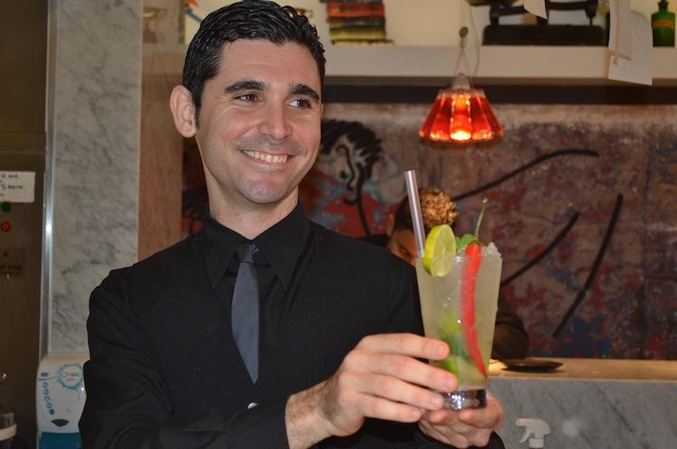Cocktails at UNI