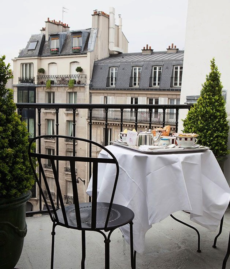 5 ways to immerse yourself in a new culture for Balcony terrace