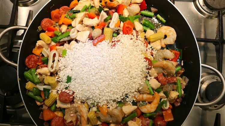Super simple paella recipe