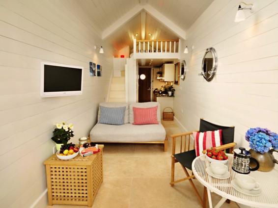 Shaldon Beach Hut