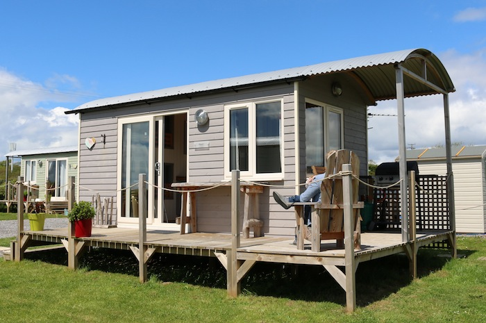 Shepherd Hut in Swansea Bay | A review on The Travel Hack