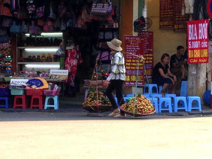 hanoi street scene 2