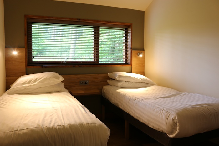 Forest Holidays Silver Birch Cabin - Second bedroom
