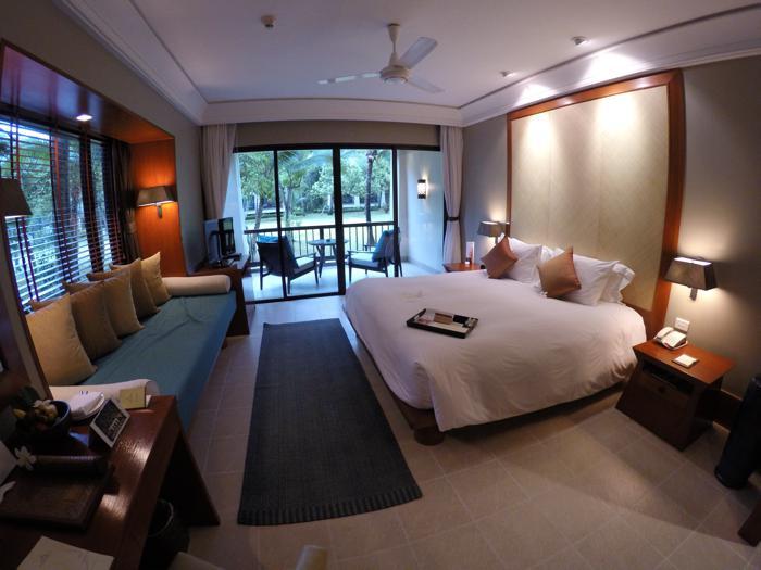 layana room