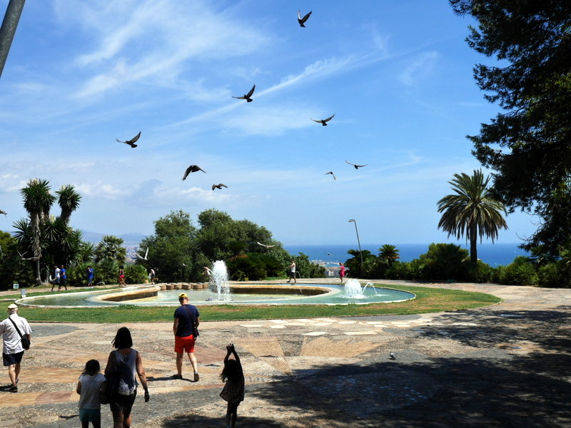 Barcelona Guide, Barcelona, things to see in Barcelona, what to do in Barcelona, barcelona things to do, Montjuic, fountain
