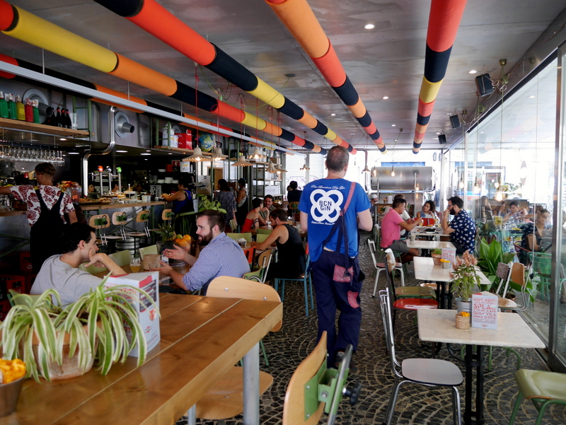 Barcelona Guide, Barcelona, things to see in Barcelona, what to do in Barcelona, barcelona things to do, le mon roe, el raval, eat