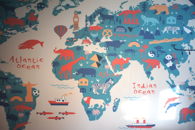 Map Of The World Wallpaper For A Childs Bedroom