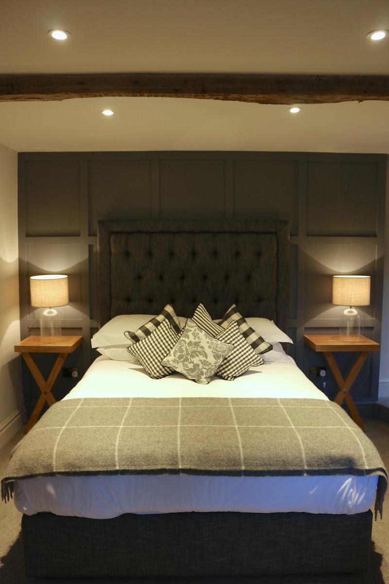 Assheton Arms Hotel Review