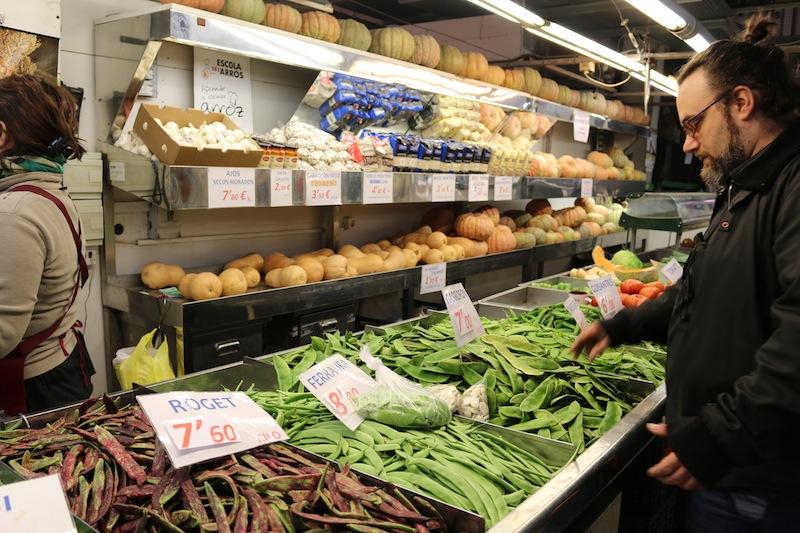 Shopping for ingredients in Mercado de Colon
