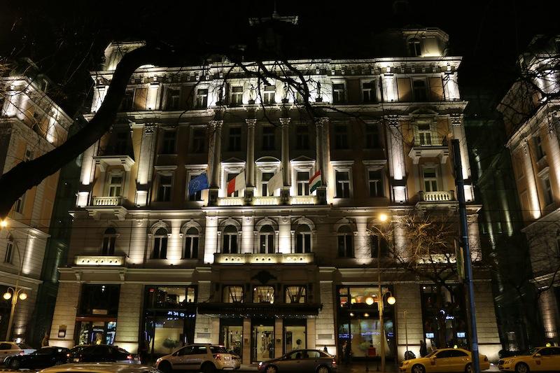 Corinthia Hotel Buapest at night