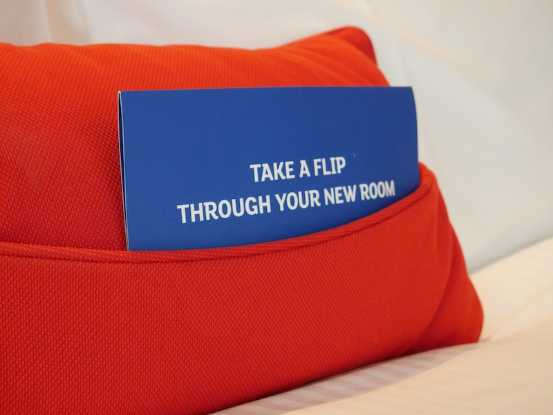 Take a flip through your new room -Holiday Inn Express