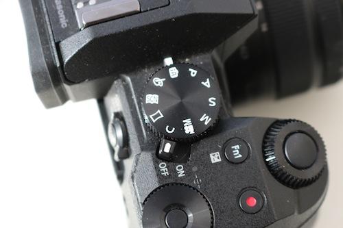 Lumix G7 dials