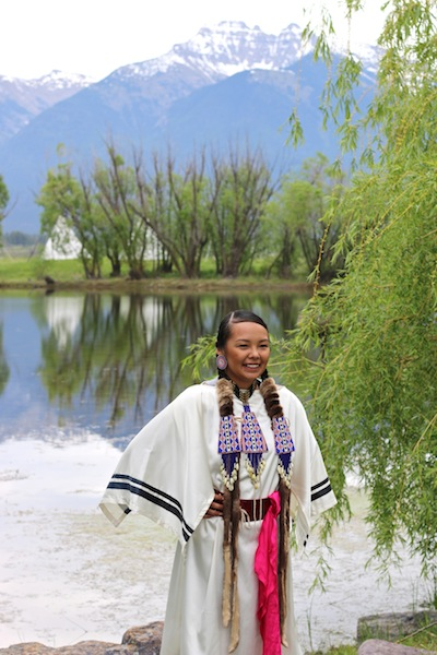 American Indian dancer in Montana | Expedia Viewfinders