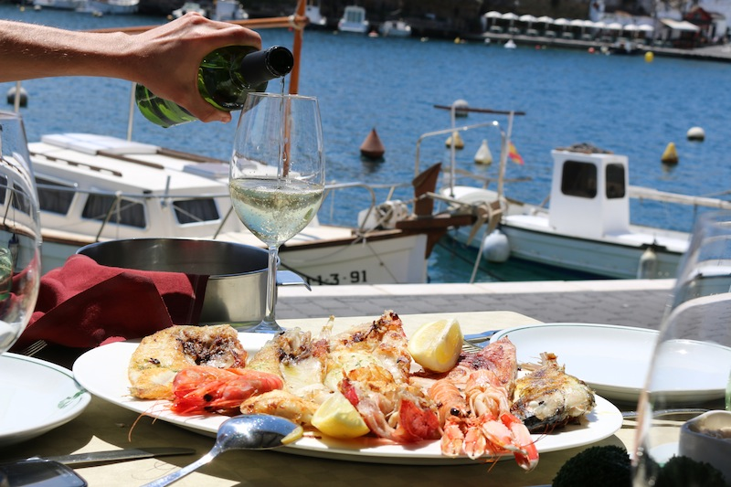 seafood platter in menorca