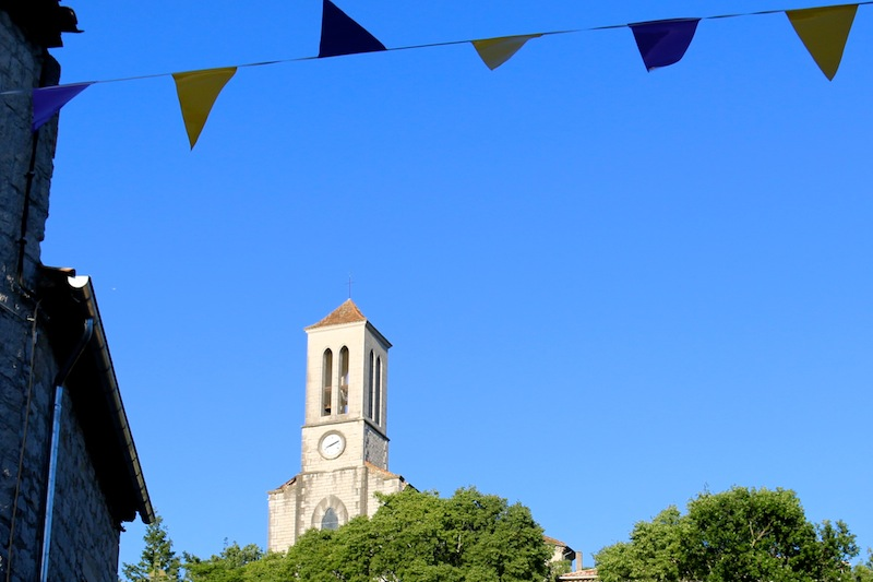 Balazuc church and bunting
