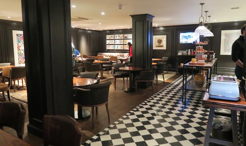 Marriott Hotel Park Lane Execuite lounge at breakfast