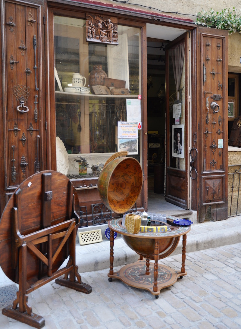Antique Store Uzes France