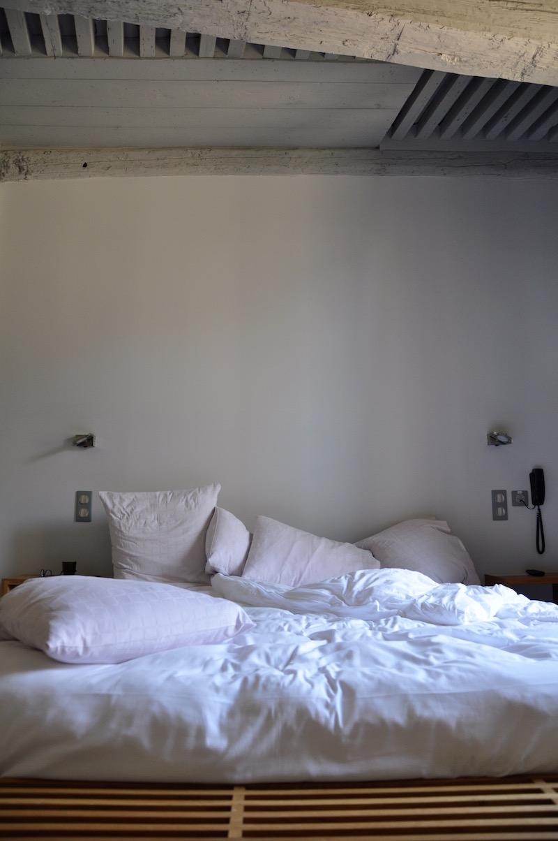 Hotel Entraigues Uzes Room