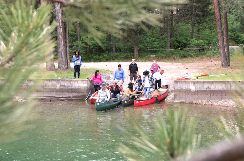 kayaking-at-flathead-lake-lodge