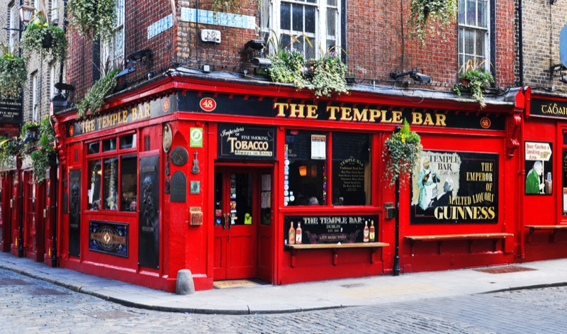 50 Things to do in Dublin - The Temple Bar