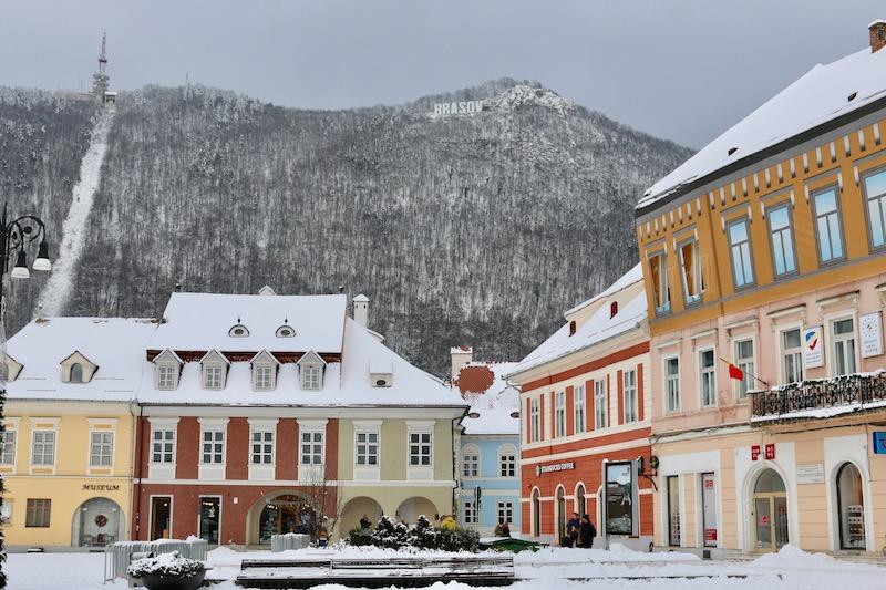 Transylvania Holidays: Visiting Peles Castle