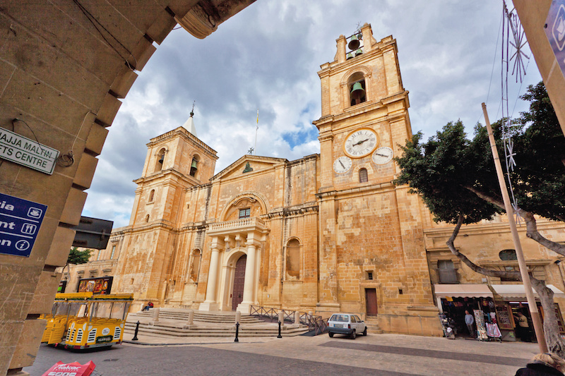 Things to do in Valletta - St Paul's Cathedral