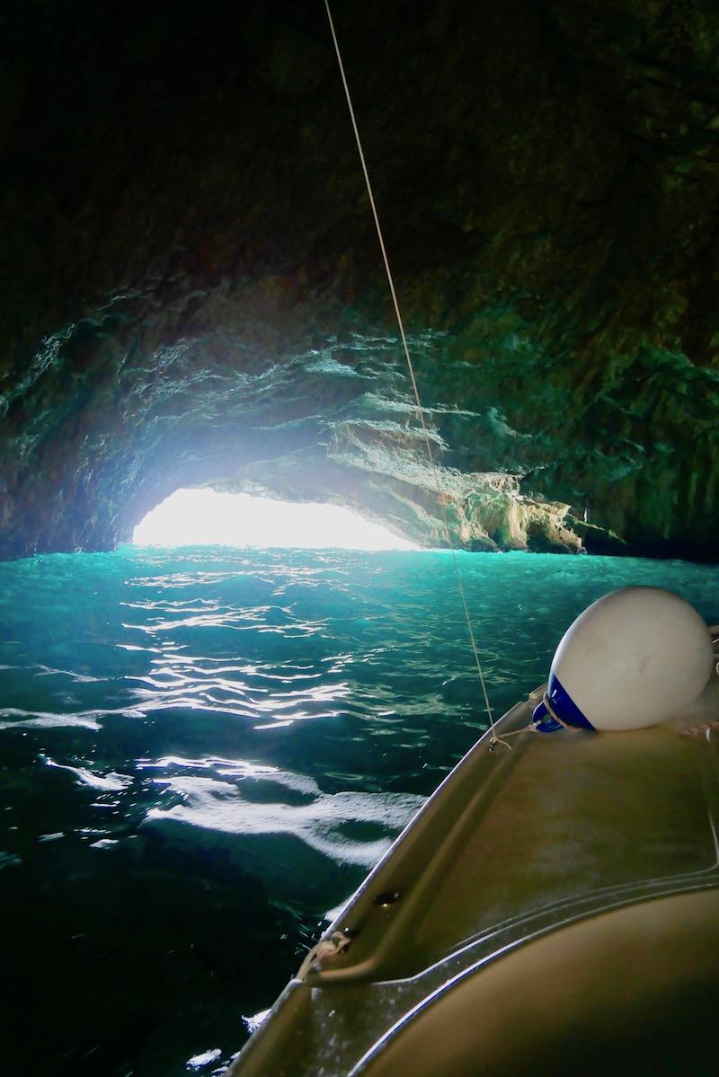 ^ Прогулка на лодке в Голубую пещеру с Montenegro Outdoors была определенно ярким событием!