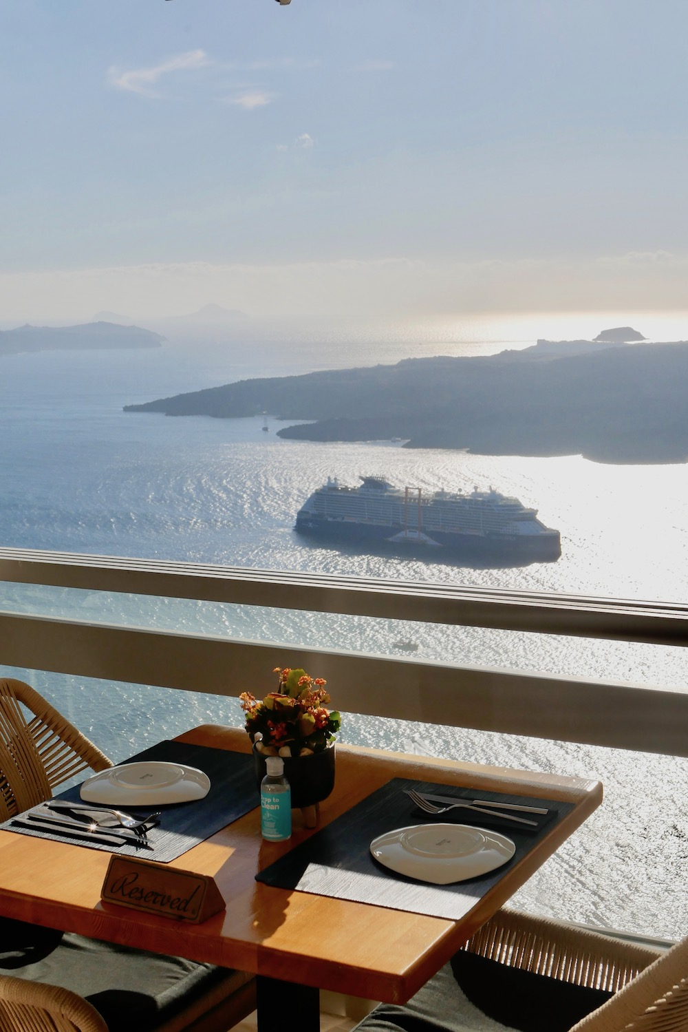 Visiting Oia Greece from a cruise ship
